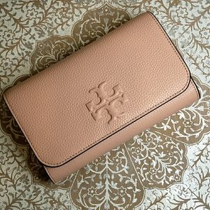 SOLD- Thea Flat ChainWallet - Tory Burch